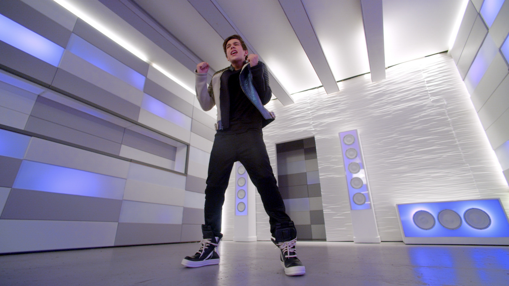 Austin Mahone ft.Pitbull | MMM Yeah